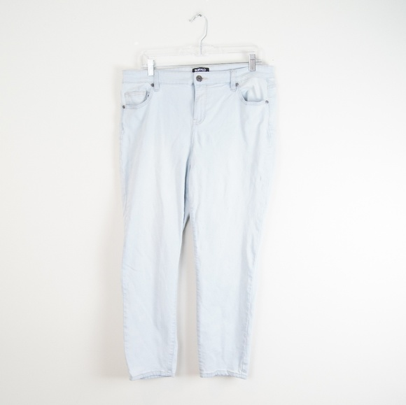 Buffalo David Bitton Denim - Buffalo David Bitton | Light Blue Cropped Jeans